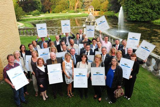 CSR Projekt Teilnehmer mit Urkunden